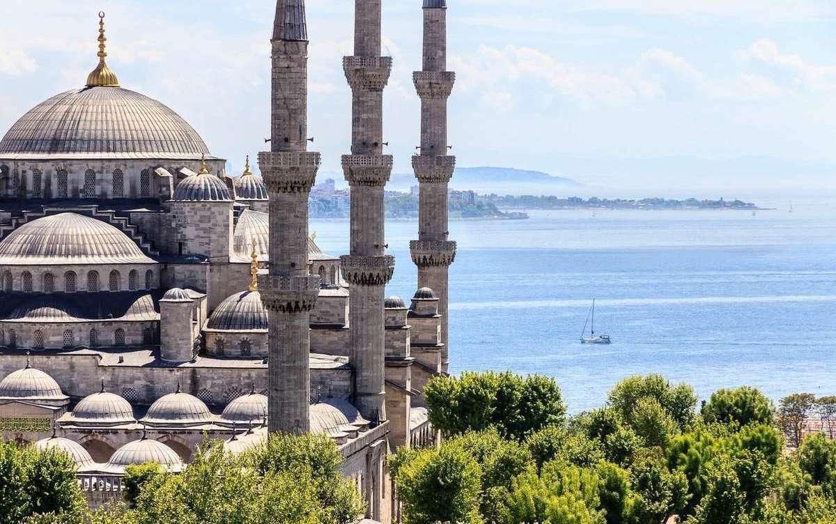 Мечеть в Стамбуле в Турции