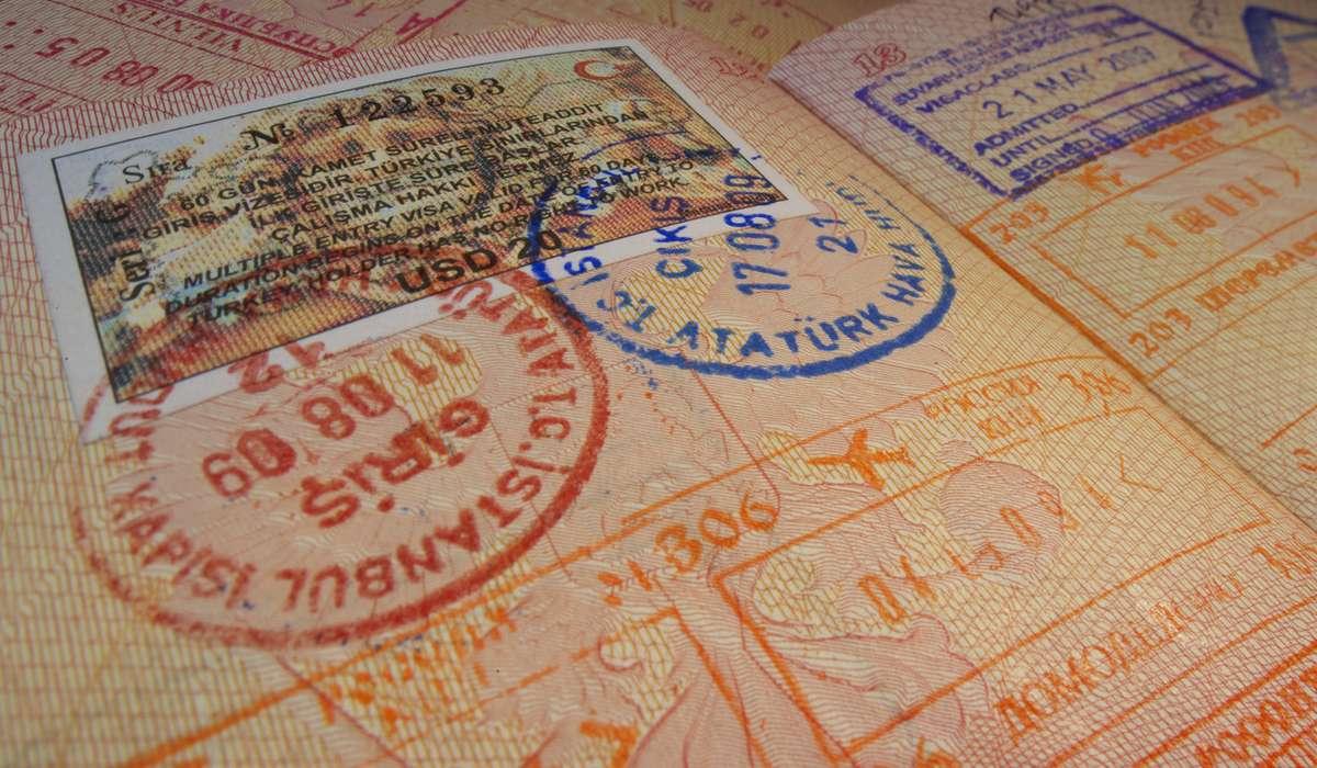Турецкая виза в загранпаспорте