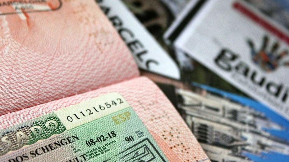 Шенген, вклеенный в паспорт