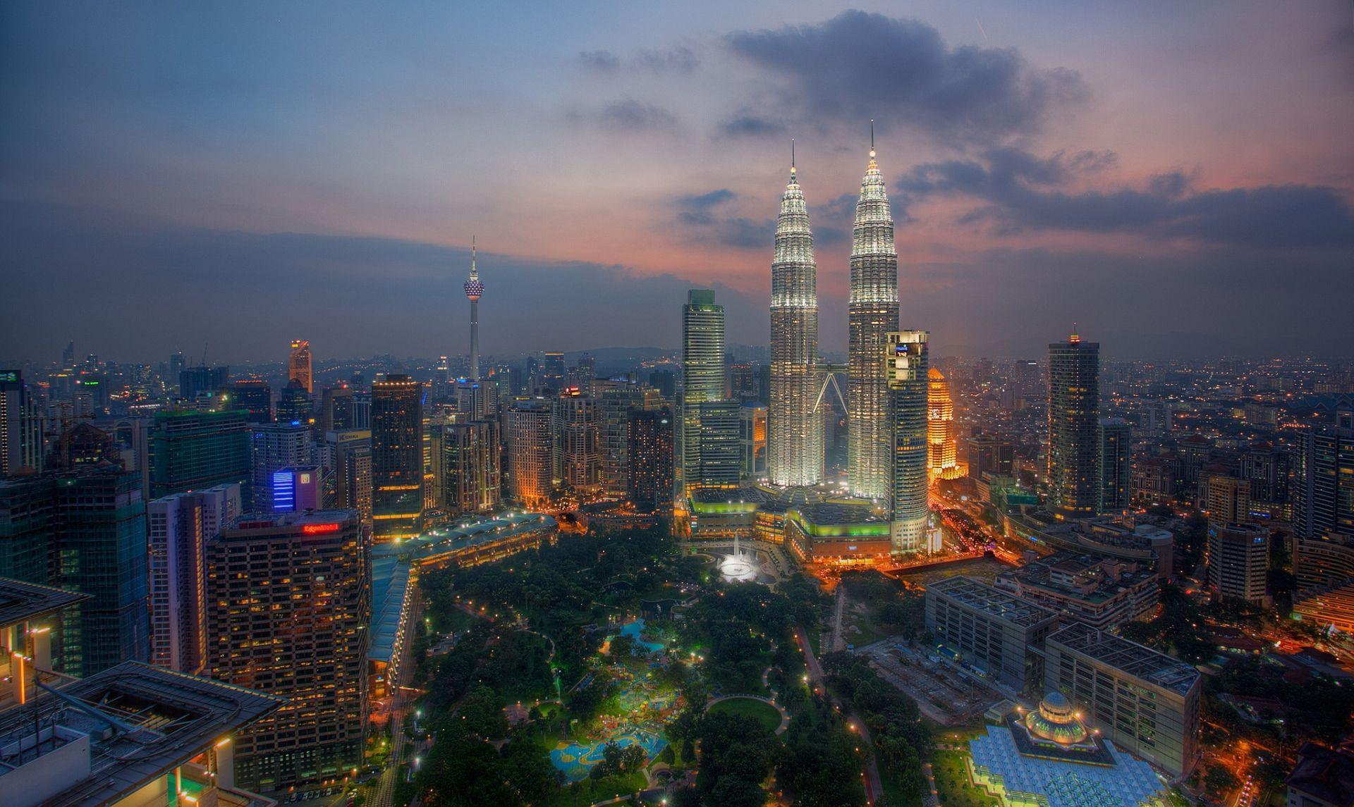 Башни близнецы в Куала-Лумпуре