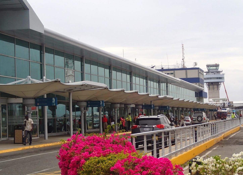 Международный аэропорт Кингстона